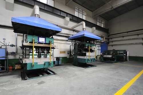 Special belt production equipment 02